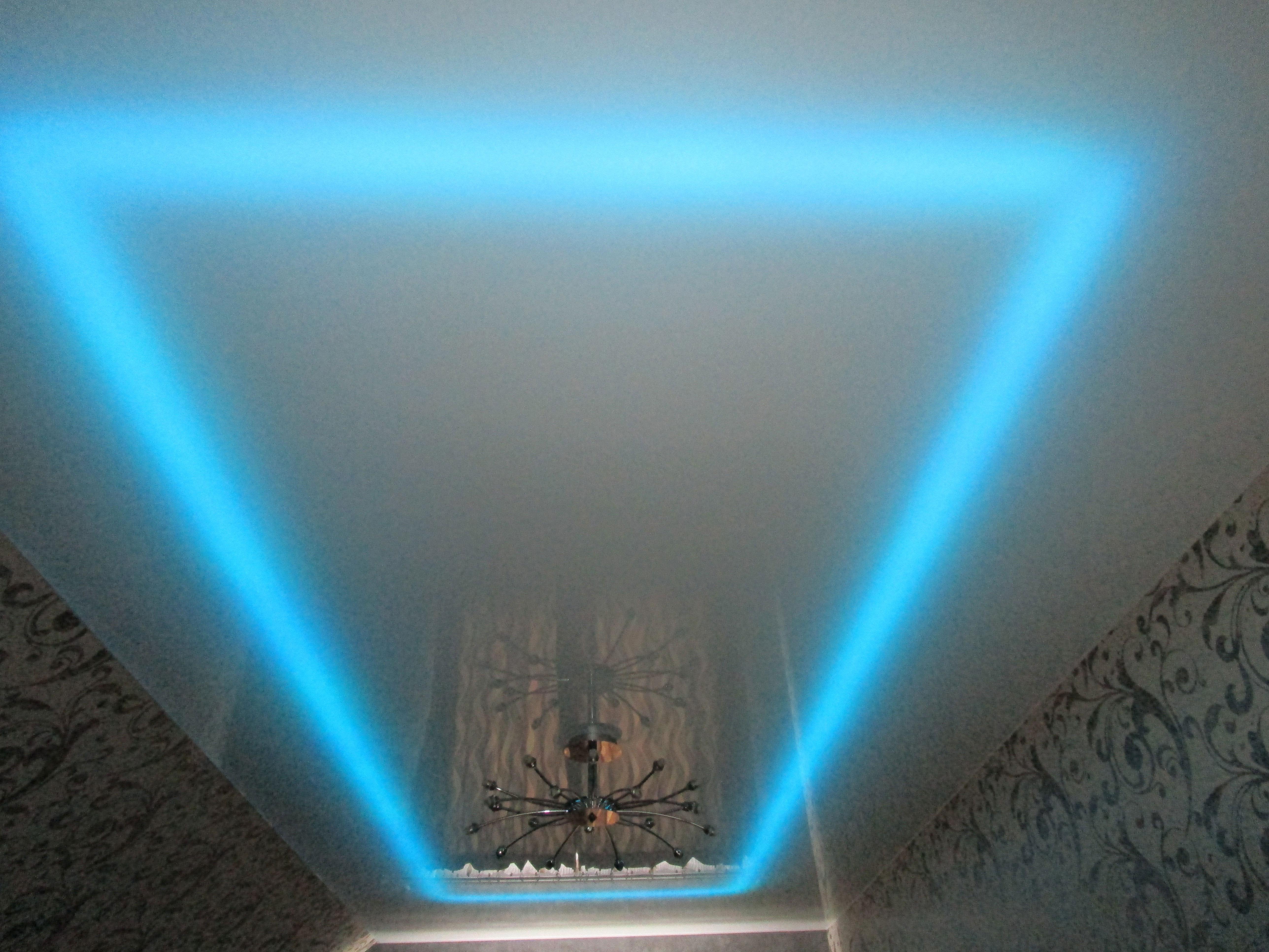 фото навесных потолков со светодиодной подсветкой метод все еще
