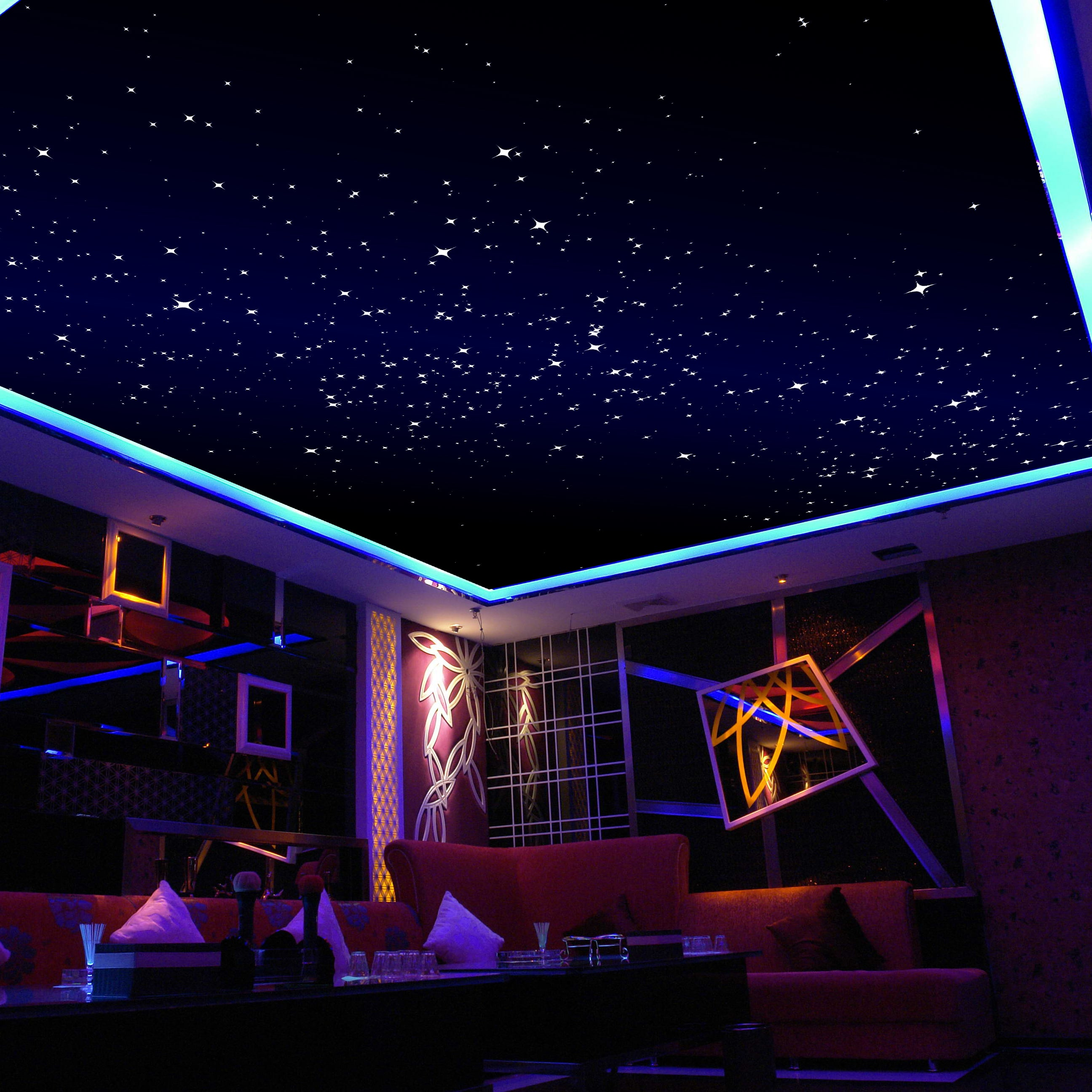 удобнее потолок в зале сиренево розовое звездное небо фото дорогах америки властвуют
